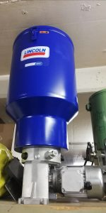 P205 400V mit 30kg Behälter